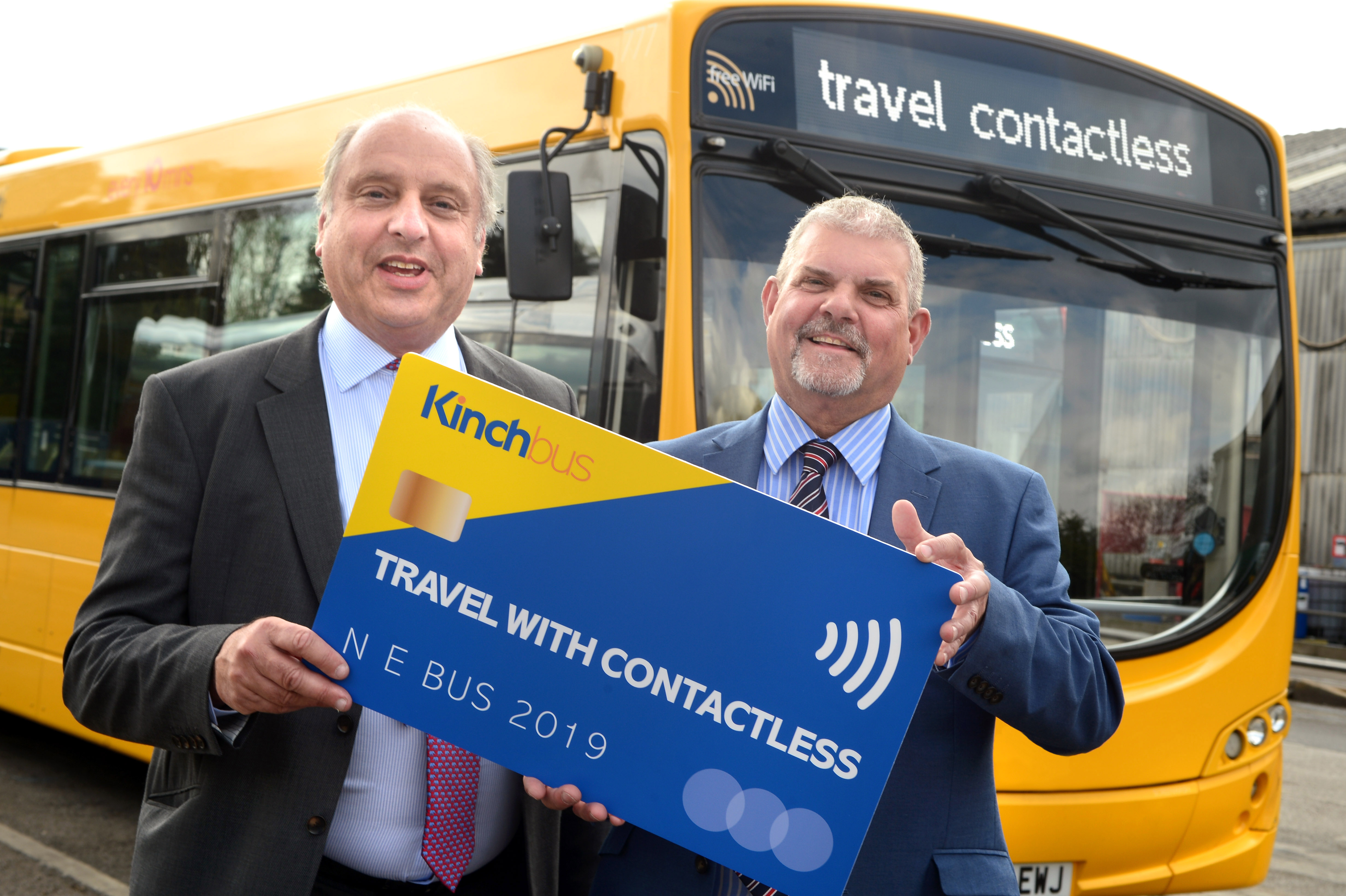 UK first as Kinchbus leads with contactless